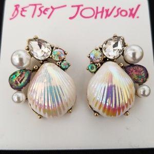 Betsey Johnson shell earrings